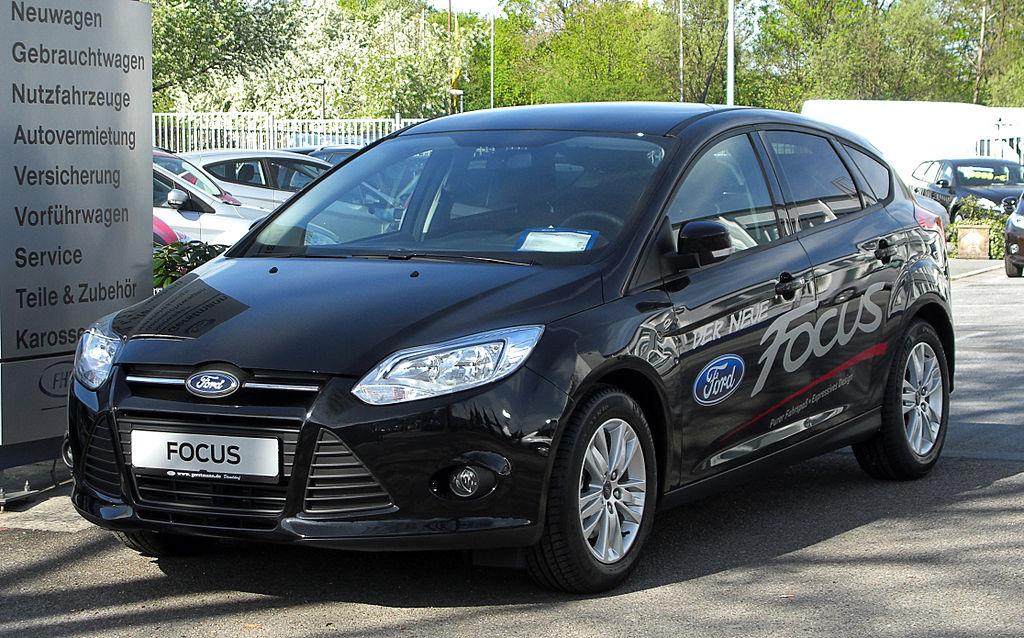 1024px Ford Focus 1.6 EcoBoost Trend III – Frontansicht 9. April 2011 Düsseldorf