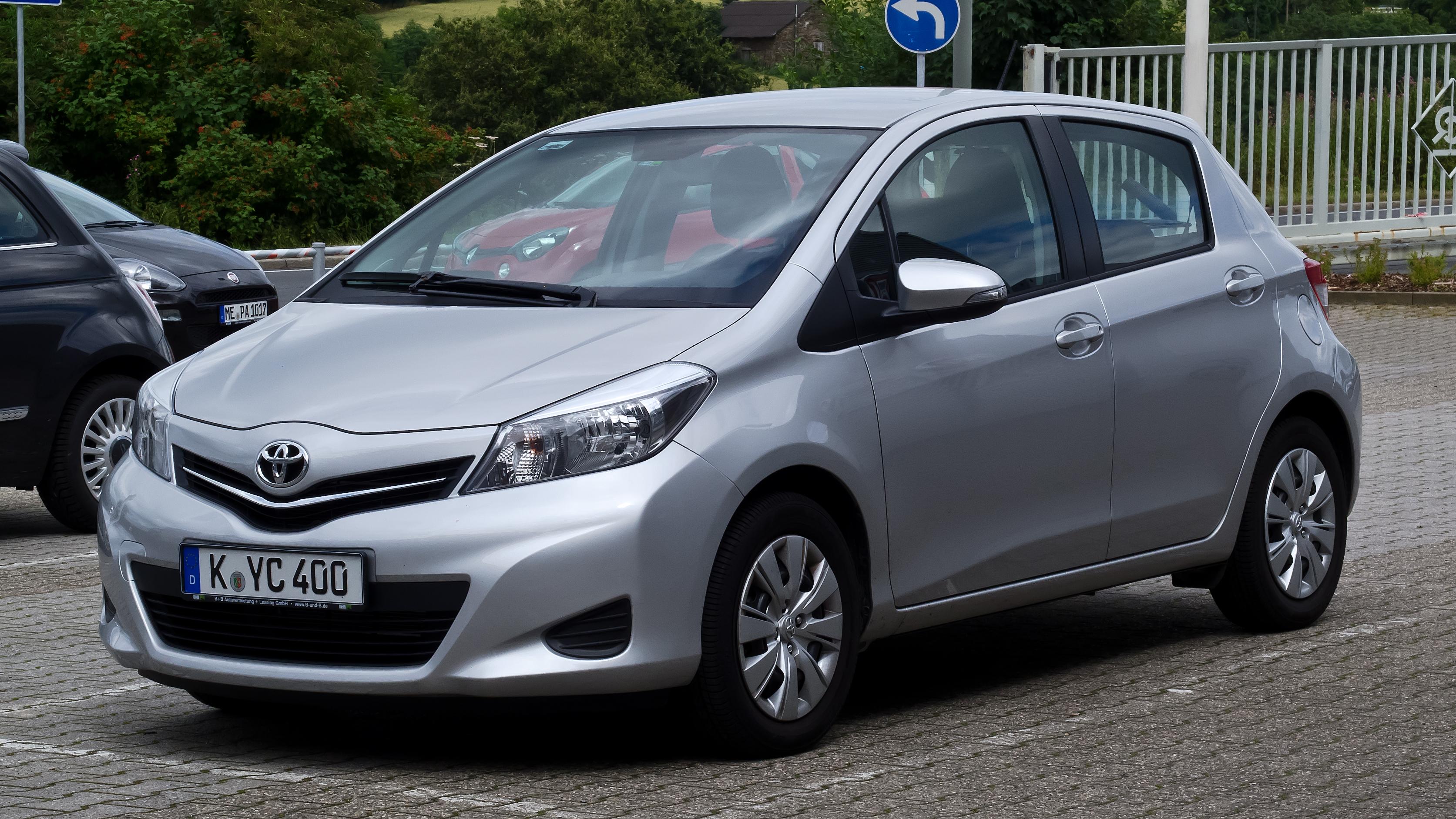 Toyota Yaris XP130 – Frontansicht 21. Juli 2012 Heiligenhaus