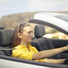 Fakty i mity o kobiecie za kierownicą